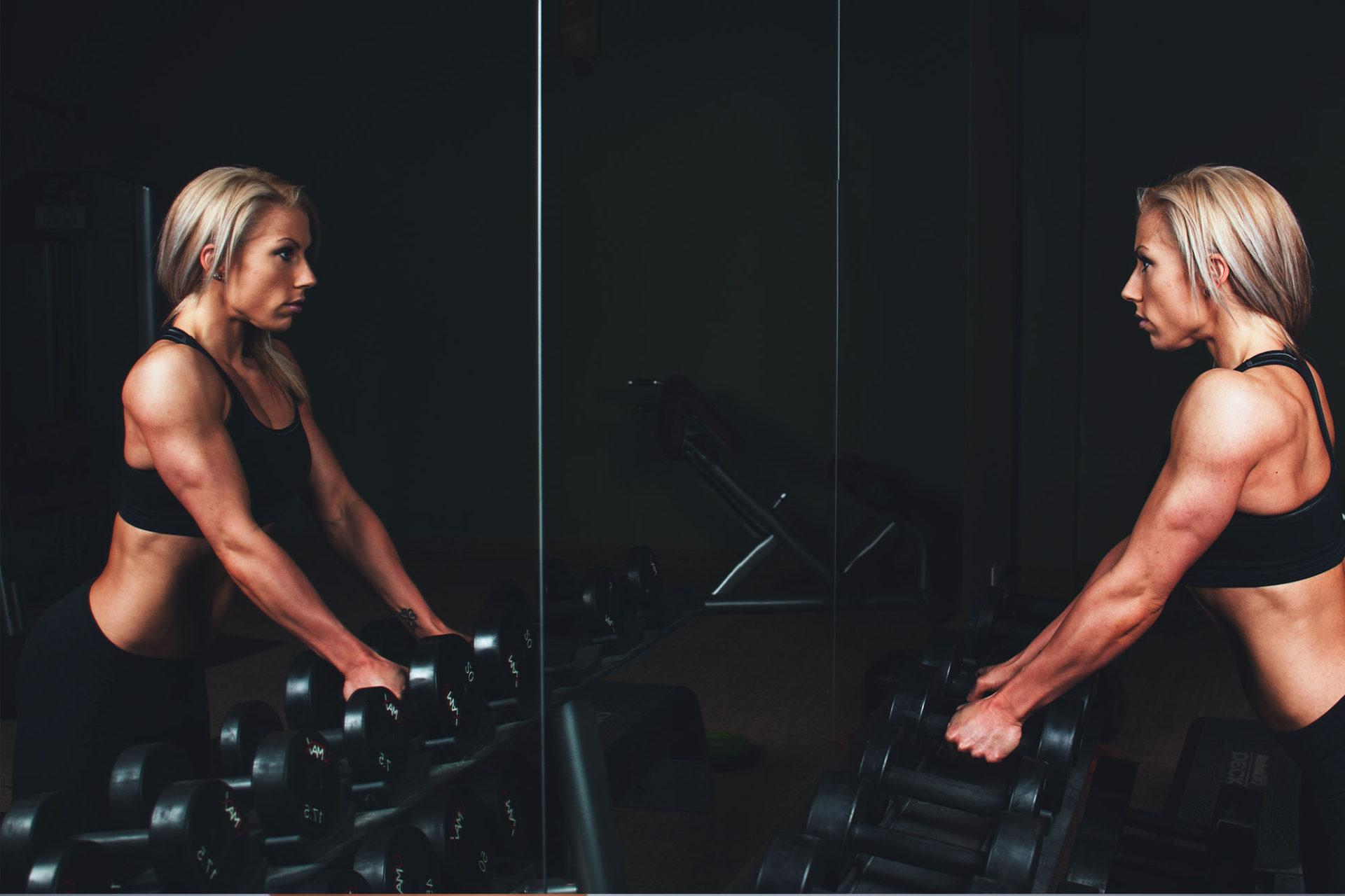 ¿Deben las chicas hacer pesas?