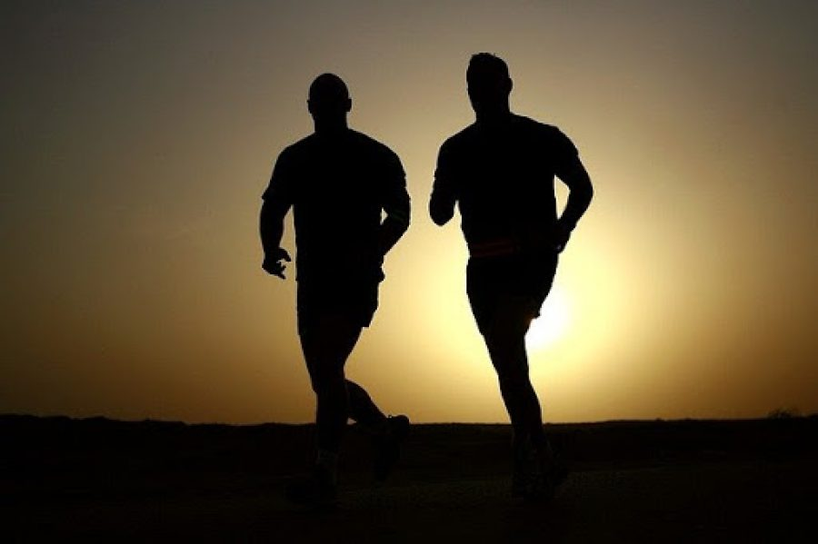 ¿Cómo puede ayudarte un entrenador personal a bajar de peso?